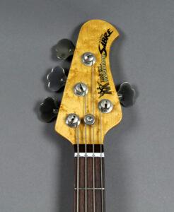 Vista frontale paletta Music Man Sabre Classic